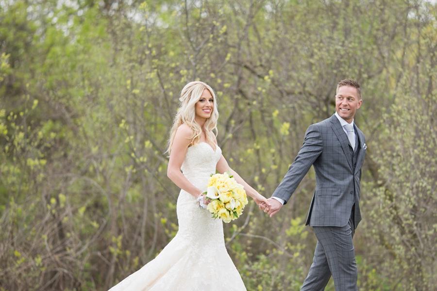 winery-wedding-sprucewood-shores-niagara-on-the-lake-wedding-eryn-shea-photography_0001