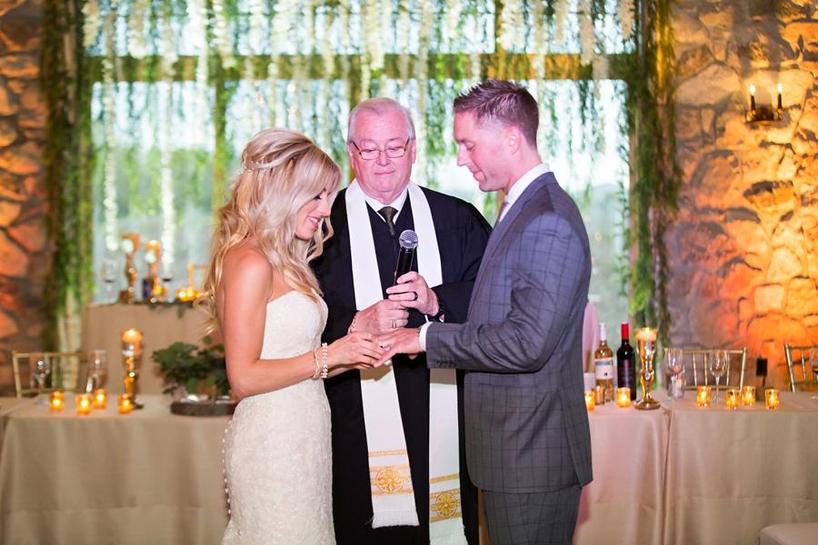 winery-wedding-sprucewood-shores-niagara-on-the-lake-wedding-eryn-shea-photography_0067