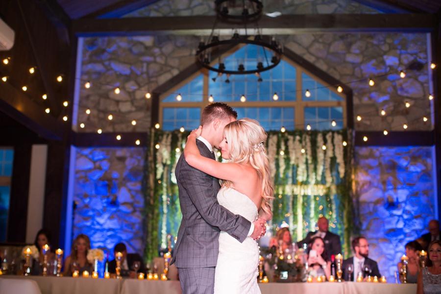 winery-wedding-sprucewood-shores-niagara-on-the-lake-wedding-eryn-shea-photography_0070
