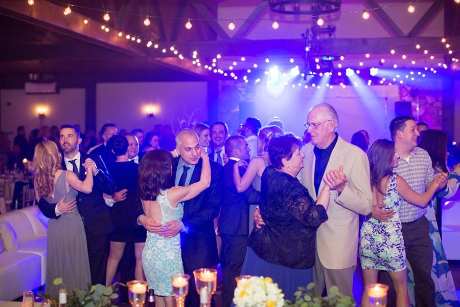 winery-wedding-sprucewood-shores-niagara-on-the-lake-wedding-eryn-shea-photography_0079