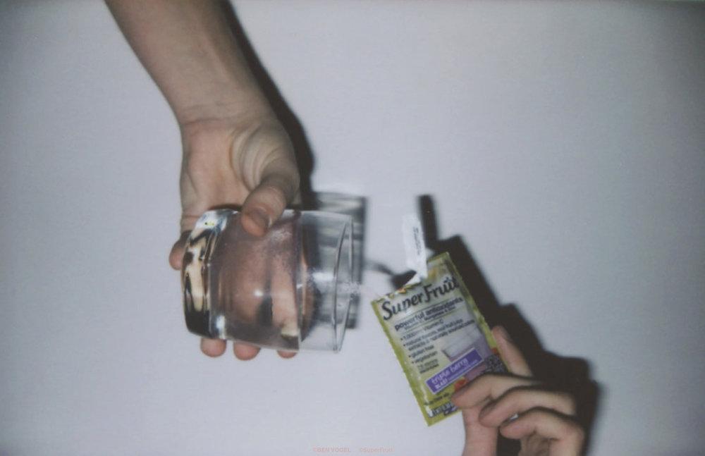 hands_emergen-c.jpg