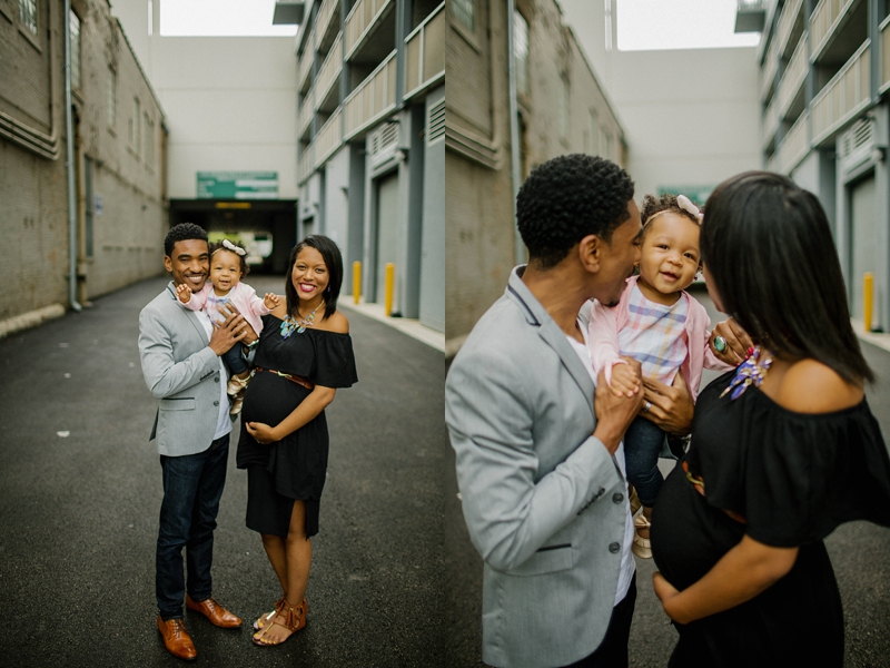 Downtown-Urban-Chicago-Maternity-Session-ChicagoIL-The-Millers_0002.jpg