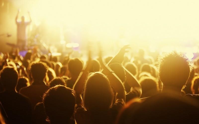 music-concert-wallpaper-2560x1920-146495.jpg