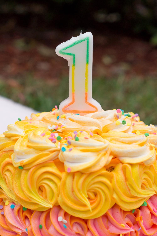 Regina Smash cake-3.jpg