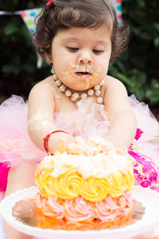 Regina Smash cake-32.jpg