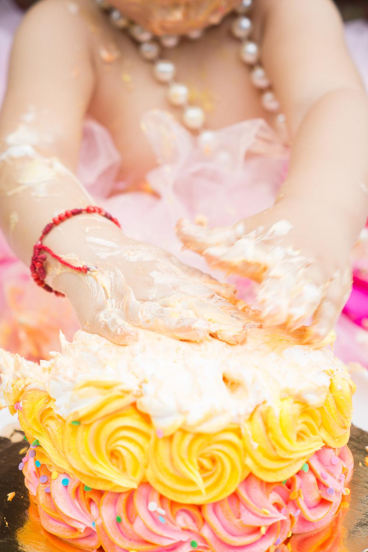 Regina Smash cake-47.jpg
