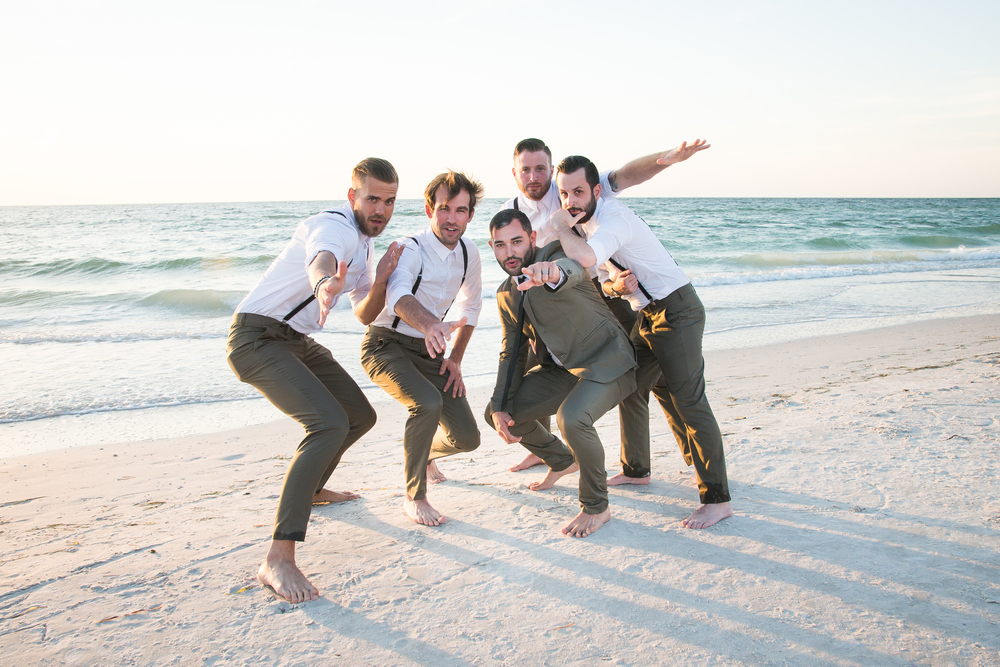 groom and groomsmen photo