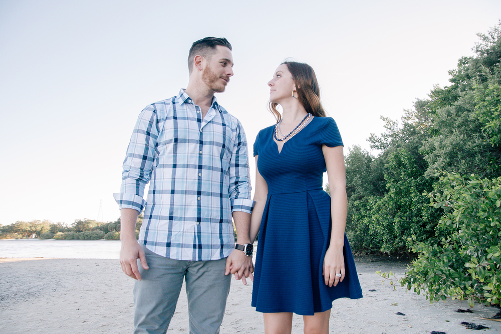 Tampa engagement session at the Pillage Park in Safety Harbor, Florida. Tampa wedding photographer
