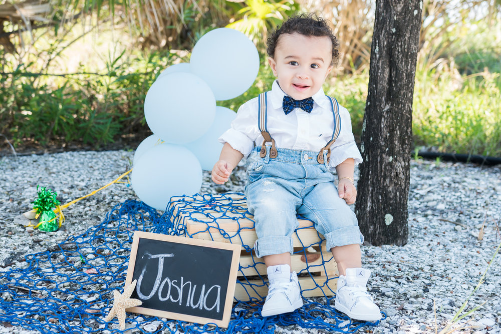 Tampa baby photographer, Tampa photographer, Tampa Smash cake session, Beach portrait session