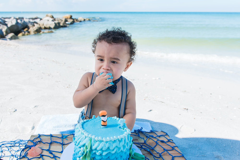 Tampa baby photographer, St.Pete photographer, Tampa smash cake session, Tampa photographer