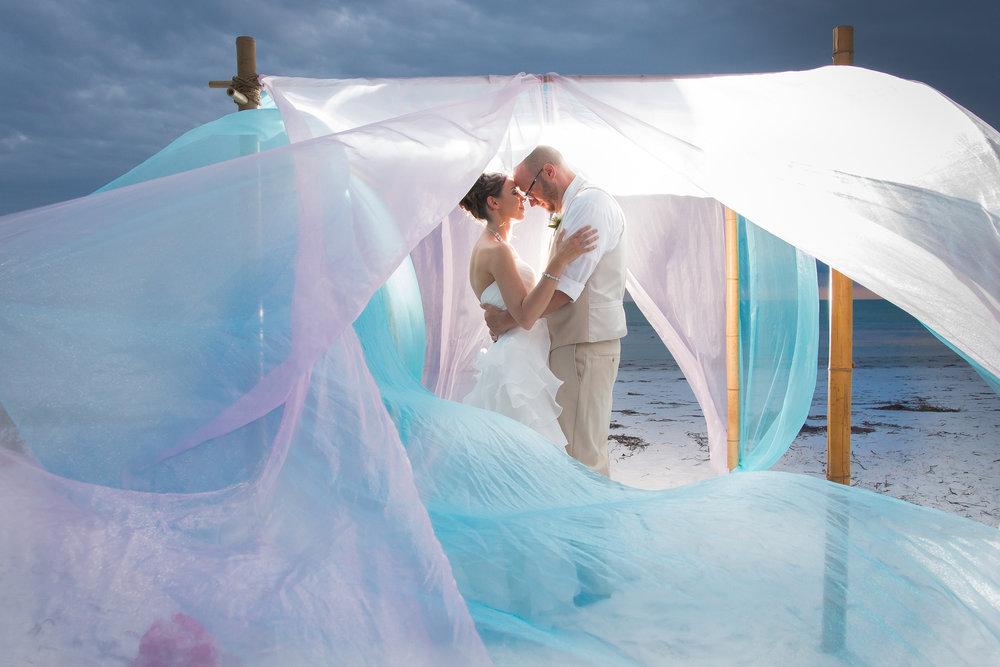 Tampa wedding Photographer, Sarasota wedding, Sarasota beach wedding, Tampa elopement photographer, Tide the knot beach weddings