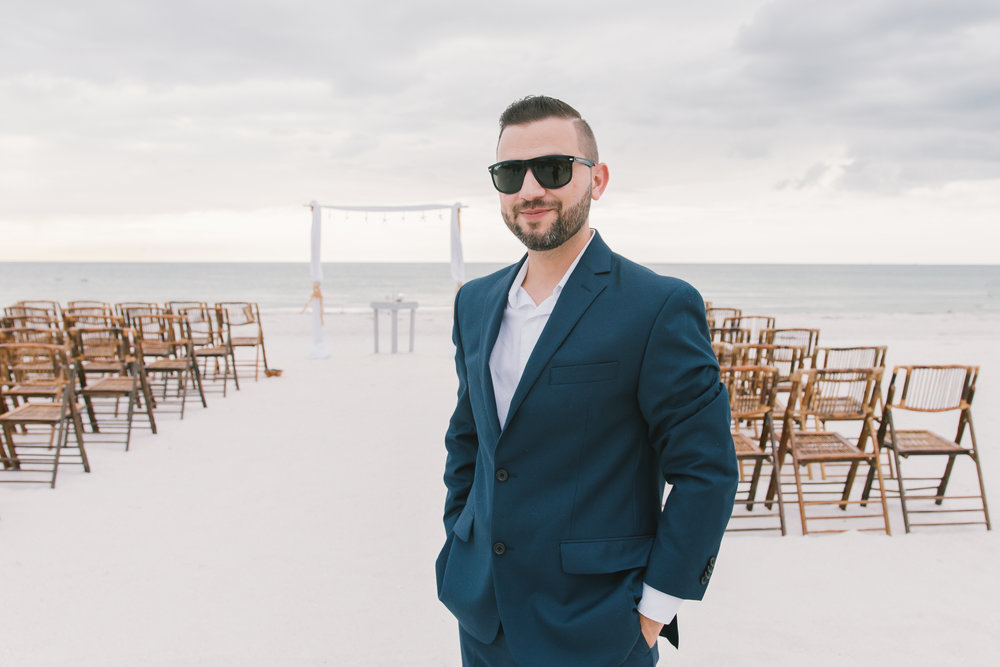 St.Pete wedding, St.Pete wedding photographer. Tampa wedding photographer , Mir Salgado Photographer, Elopment photographer. Tampa elopement photographer