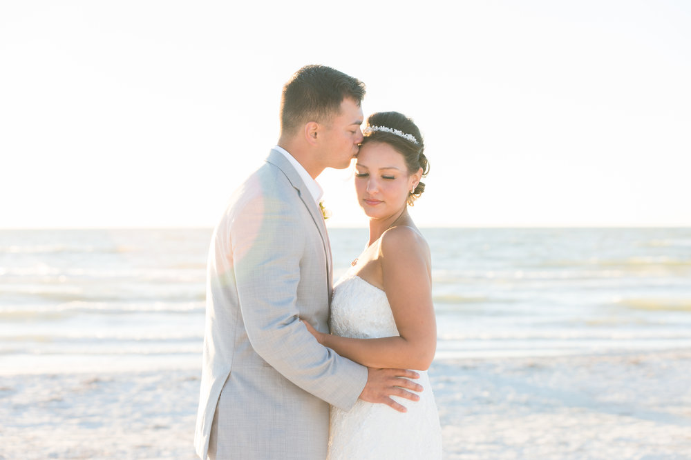 bride and groom, beach wedding, St.Pete wedding photographer, St.Pete wedding, St.Pete beach, tide the knot beach weddings, mir salgado photography, Tampa wedding photographer