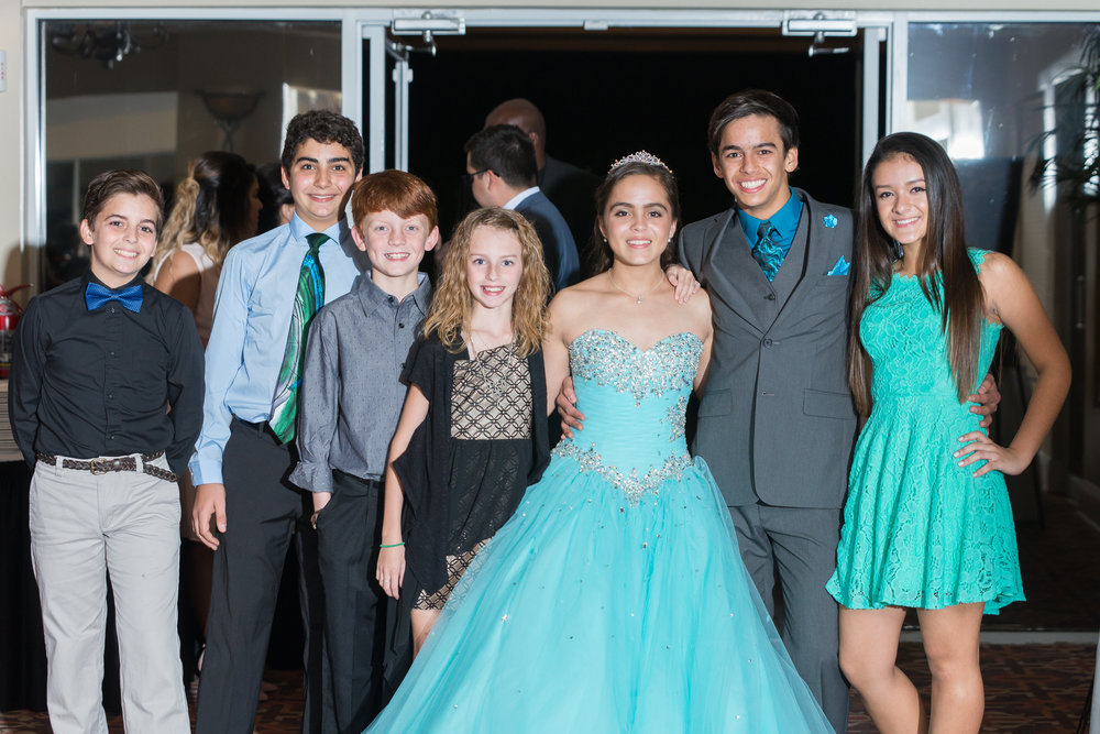 pebble creek-friends-quinceañera-photography
