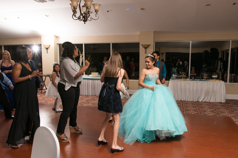 Tampa-quinceanera-pebble-creek-events