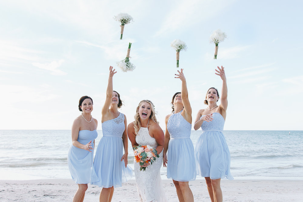 flowers-bridesmaids-wedding, bridal-party, beach-wedding