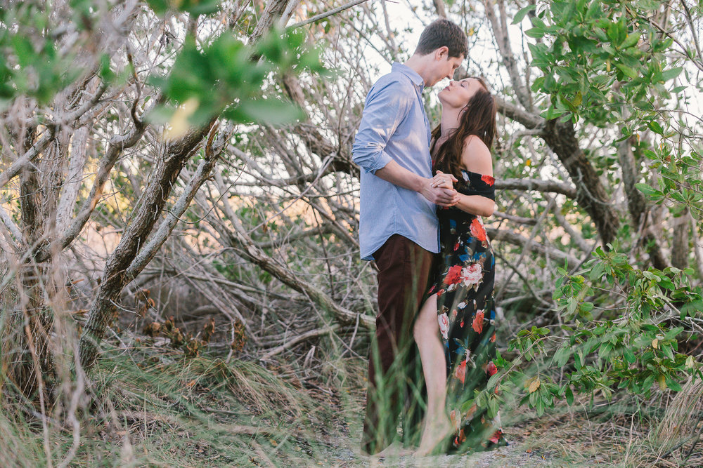 sarasota-beach-engagement-session