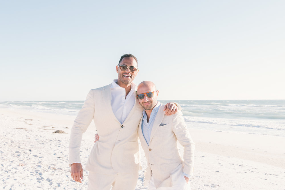 bradenton-beach-wedding-photographer, groom-bestman-photo