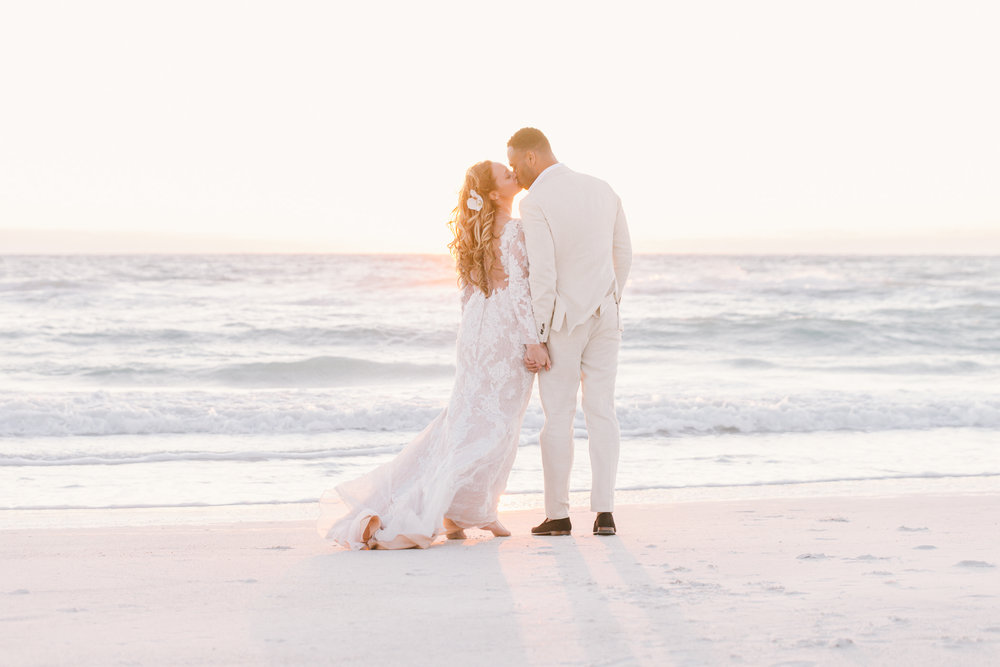 romantic-beach-wedding-in-Florida, Florida-wedding-photography