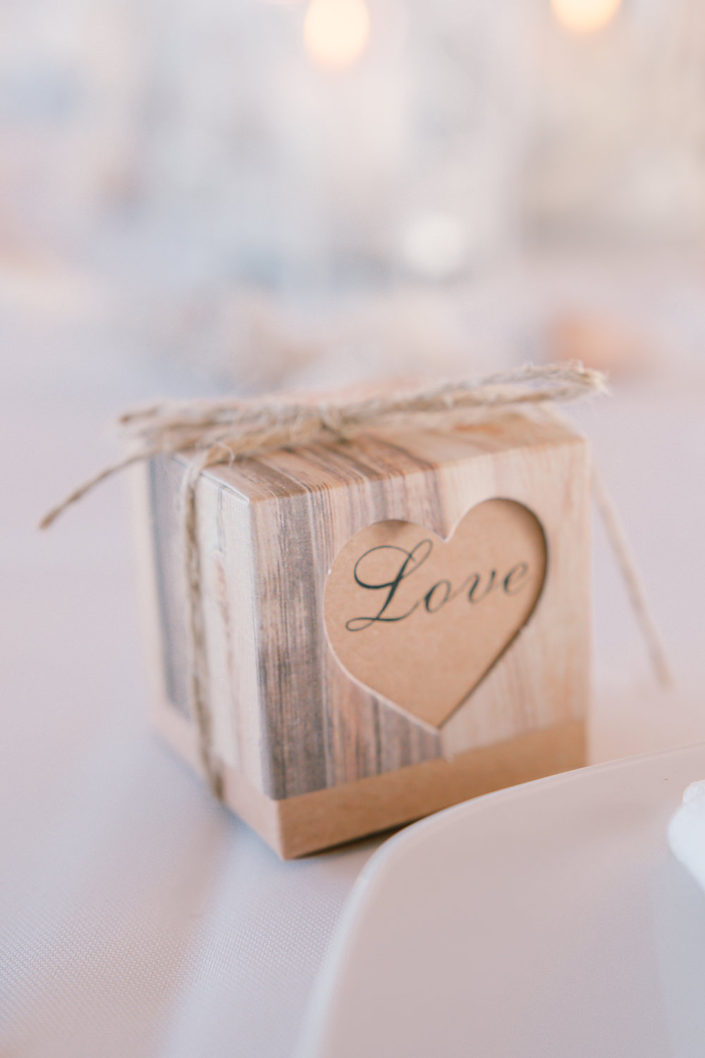 Bradenton-beach-wedding, gift-box