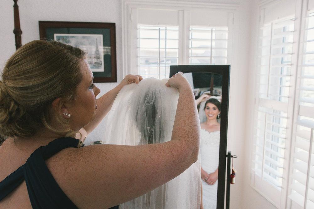 apollo-beach-wedding-photographer, wedding-veil-florida