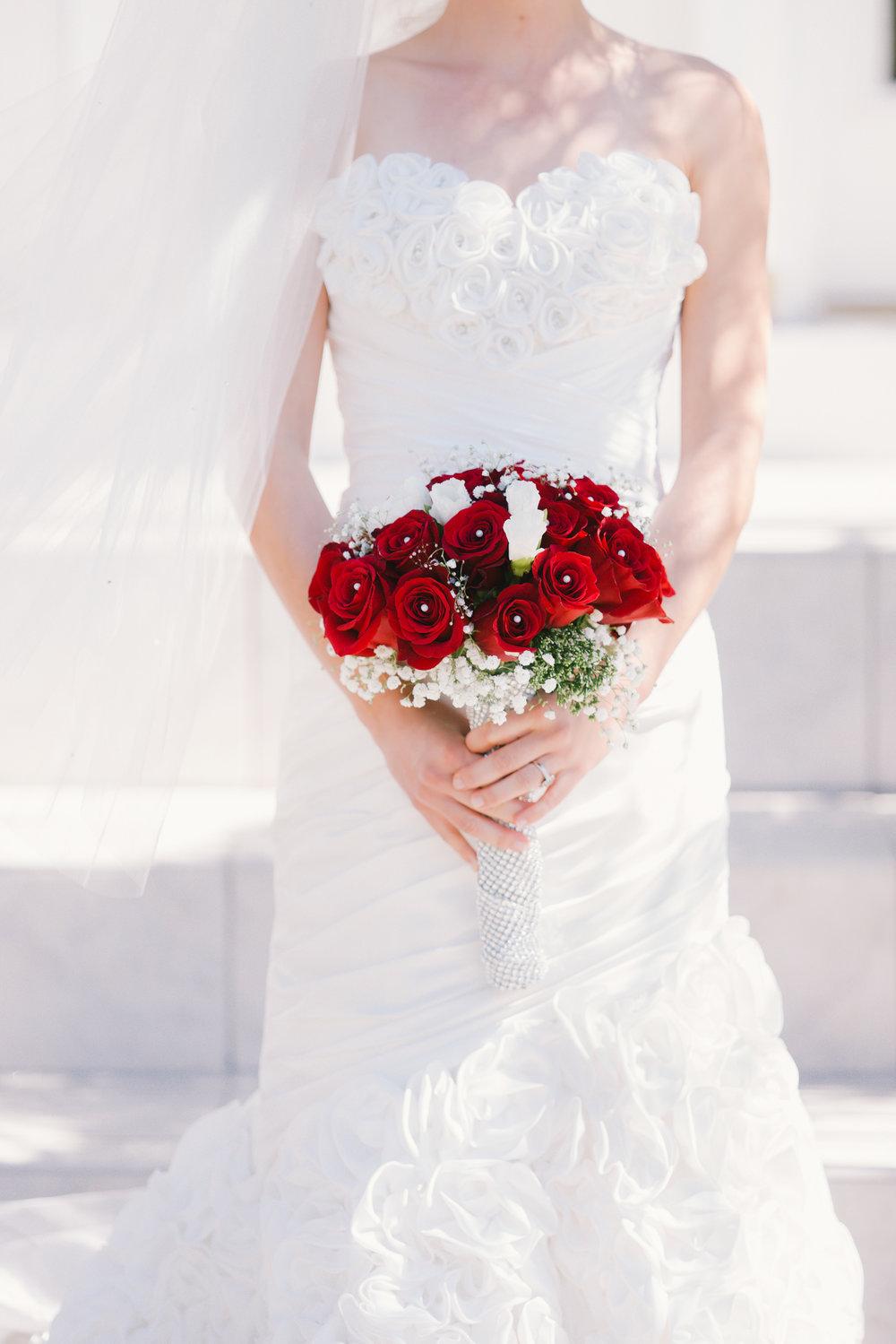 apollo-beach-wedding-photographer, wedding-dress-florida, wedding-flowers-tampa