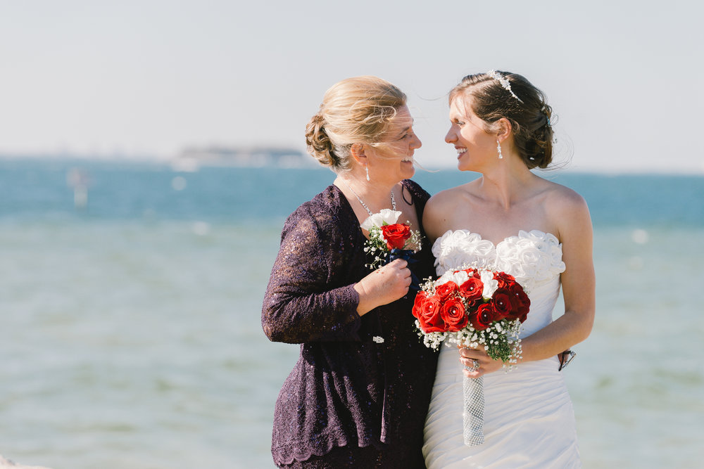 Tampa-wedding-photography, mom-and-daughter-wedding-photo