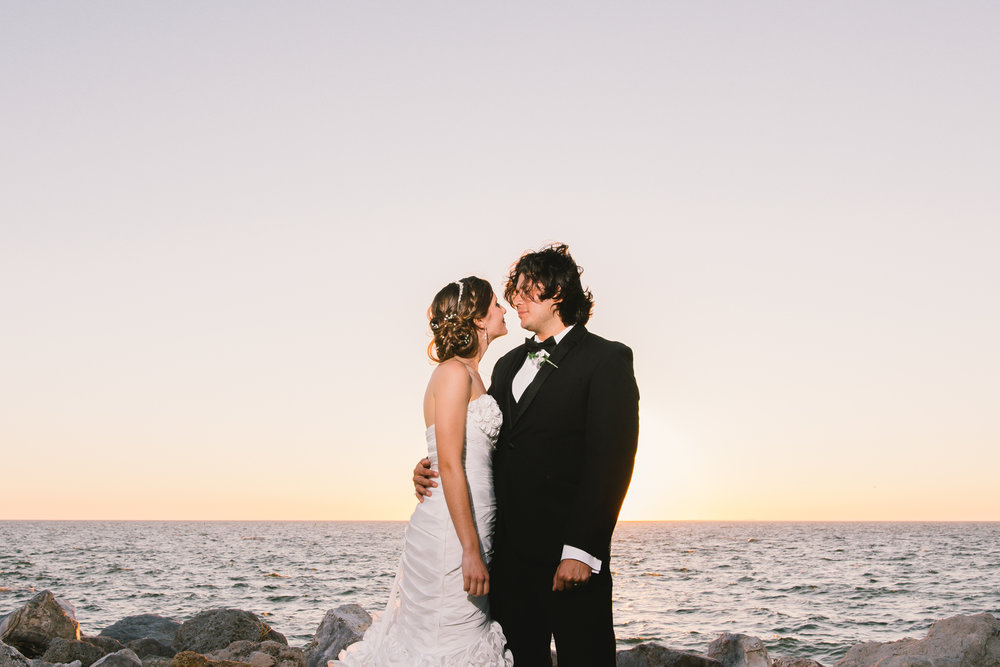 Tampa-wedding-photography, Tampa-beach-wedding-photo, bride-and-groom