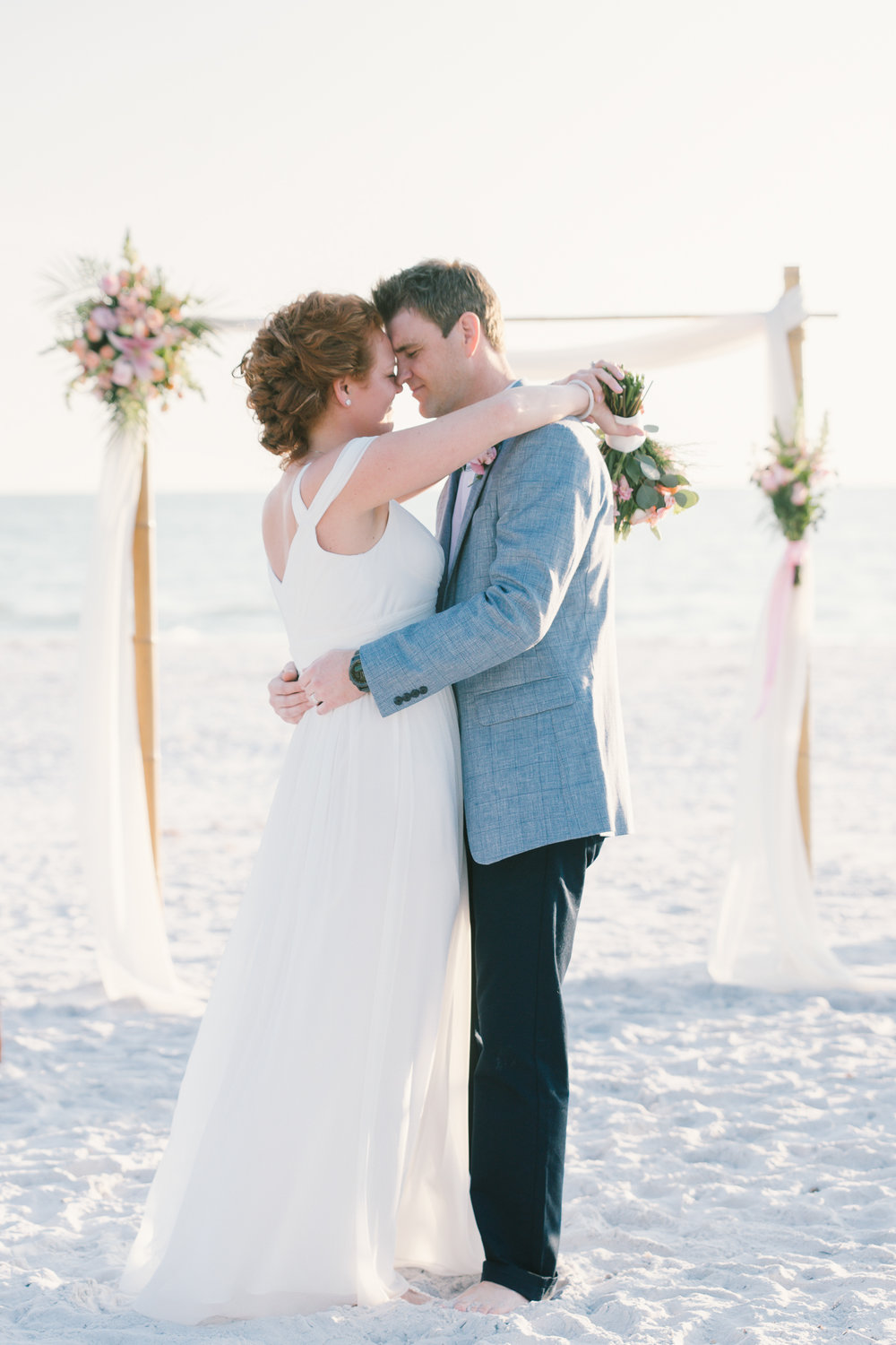 Tide-the-knot-beach-weddings, bride-and-groom-dance