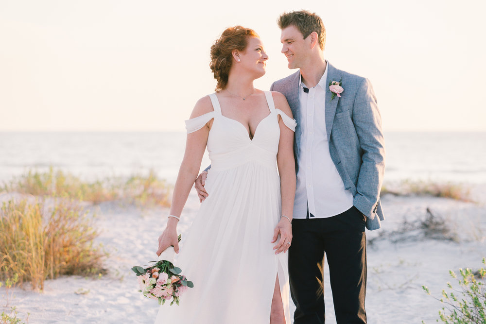 Tide-the-knot-beach-weddings, Sarasota-wedding-photo