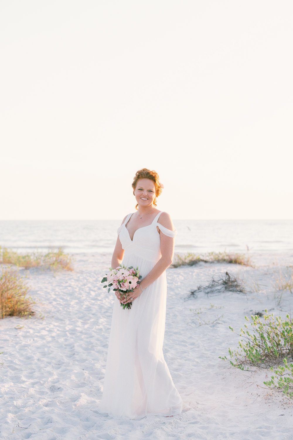 Sarasota-beach-wedding-photography, bride-wedding-photo, Florida-beach-wedding