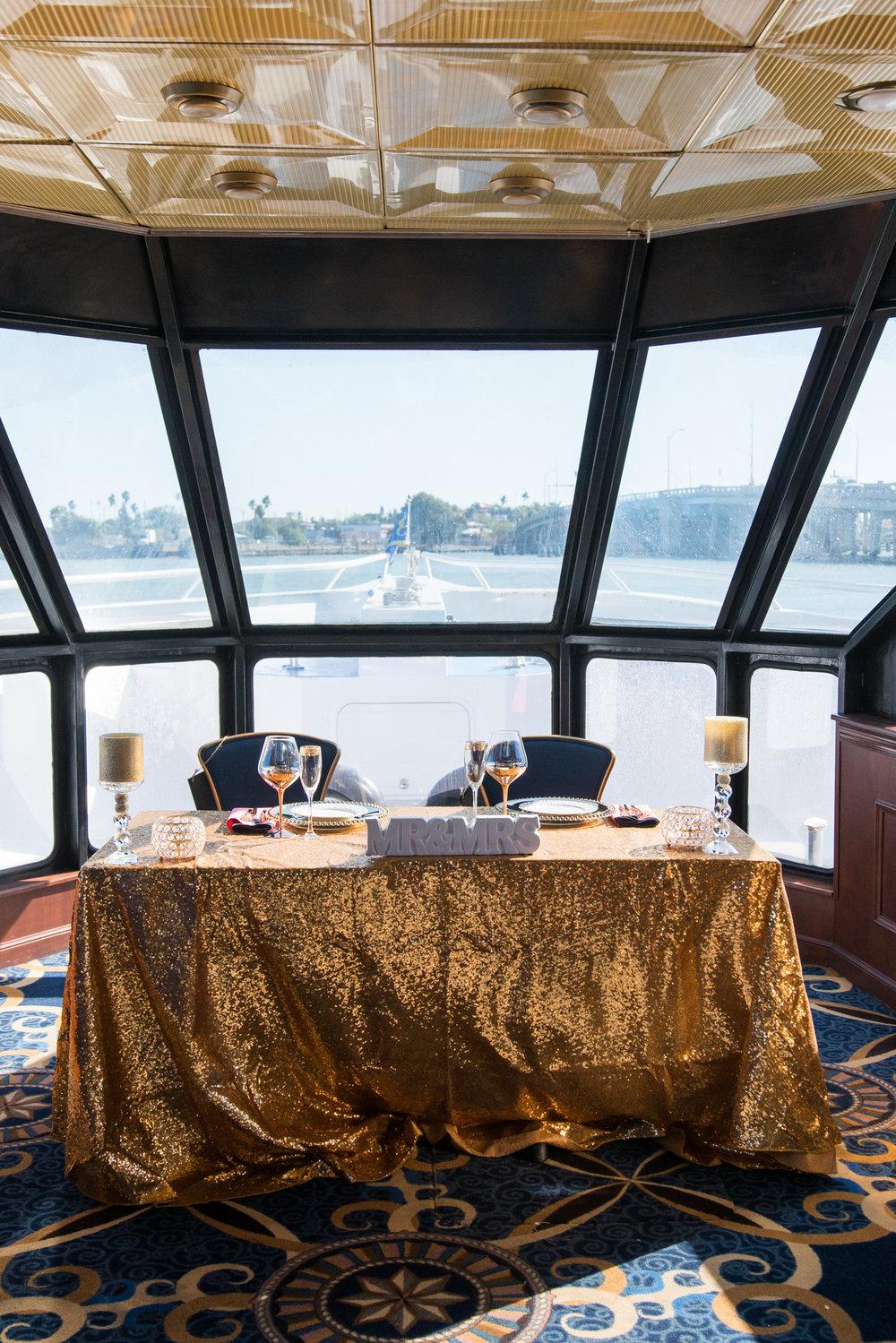yacht-wedding-decorations-photographer-florida