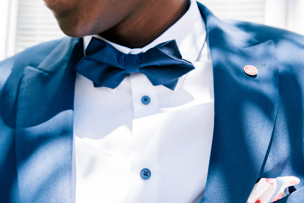 St.Pete-wedding-groom, groom-photo, getting-ready
