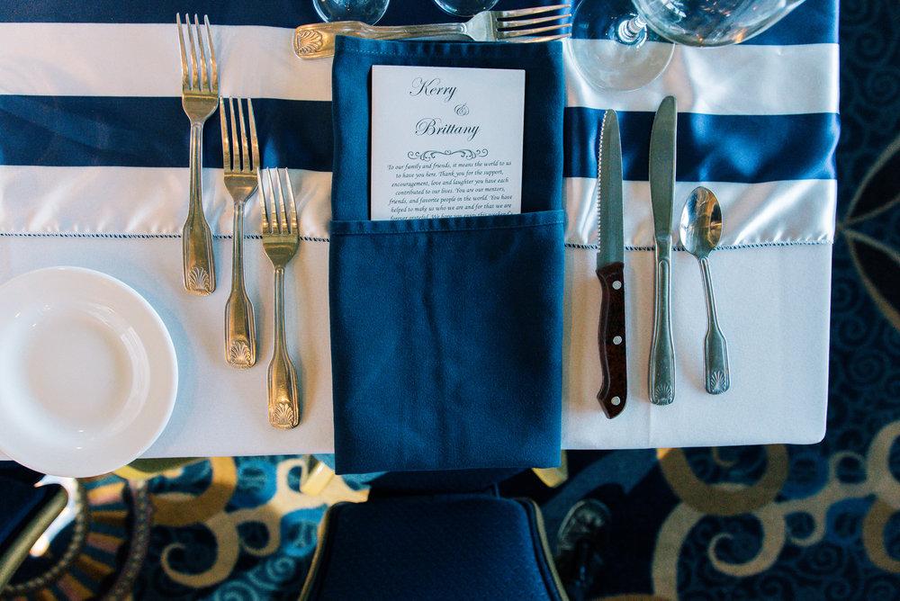 Starlite-dinner-yacht-wedding, wedding-yacht-details