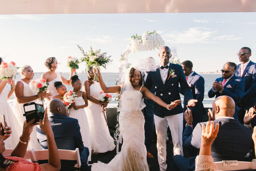 Starlite-Dinner-yacht-ceremony, Yacht-wedding-photo