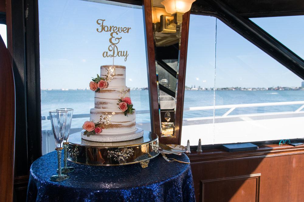 Starlite-Dinner-yacht-wedding, wedding-cake, St.Pete-wedding-cake