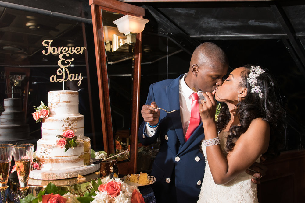 Stalite-Dinner-Yacht-wedding, wedding-cake