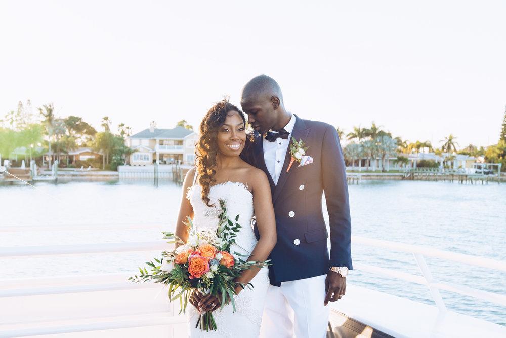 Starlite-Cruises-wedding-photo, Yacht-bride-and-groom-photo