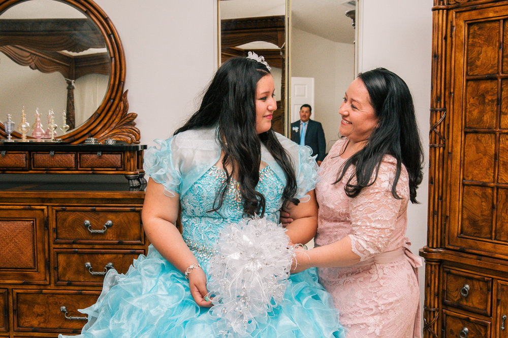 Tampa-quinceañera-party-photography