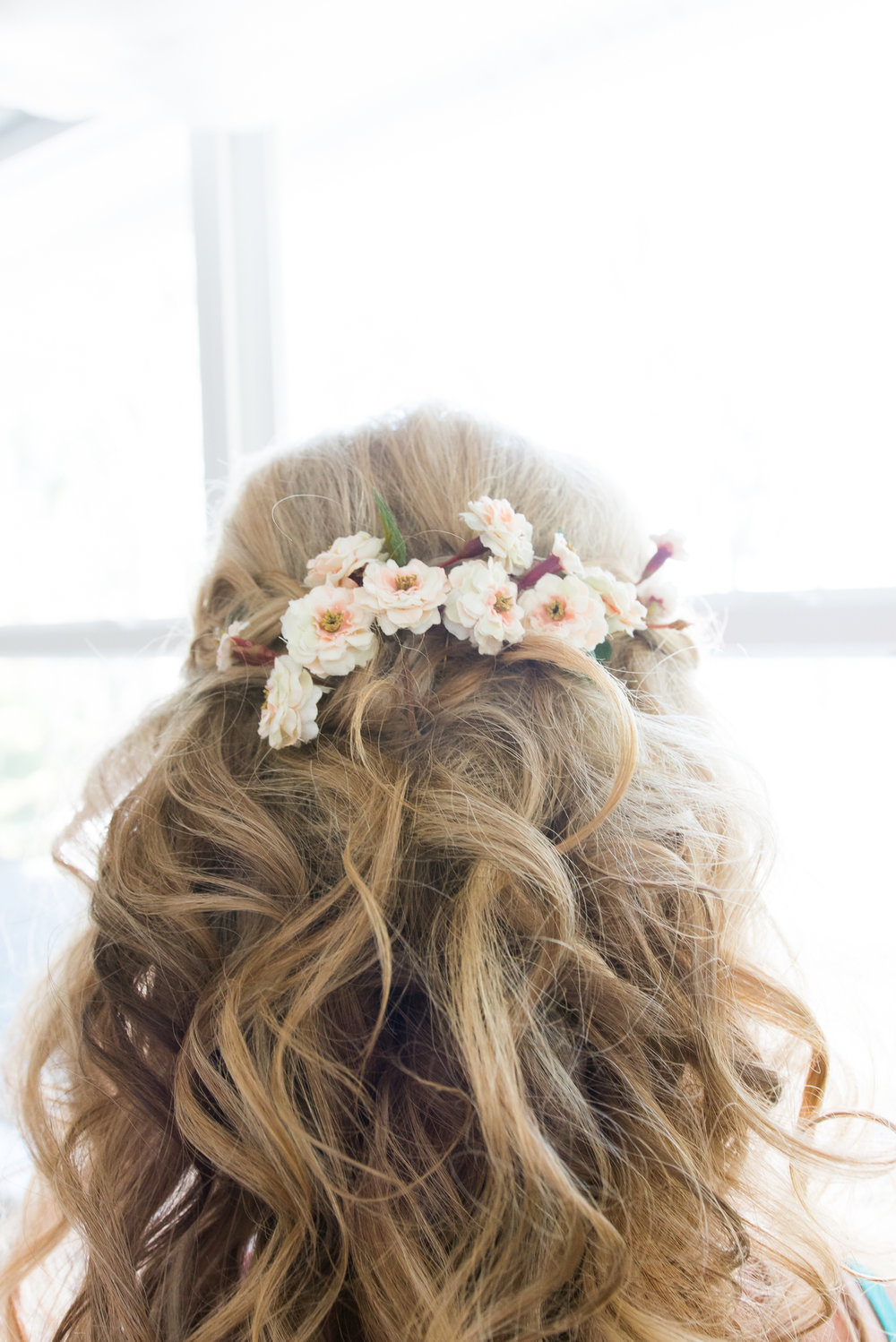 lutz-backyard-wedding-hairstyle, tampa-wedding-photographer