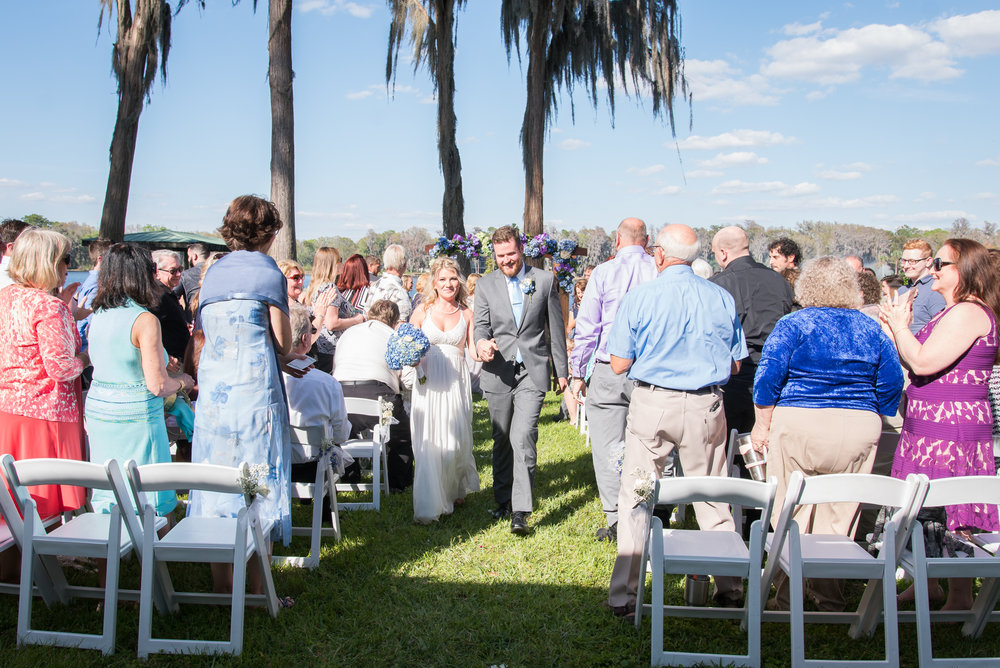 lutz-backyard-wedding-ceremony, tampa-wedding-photographer