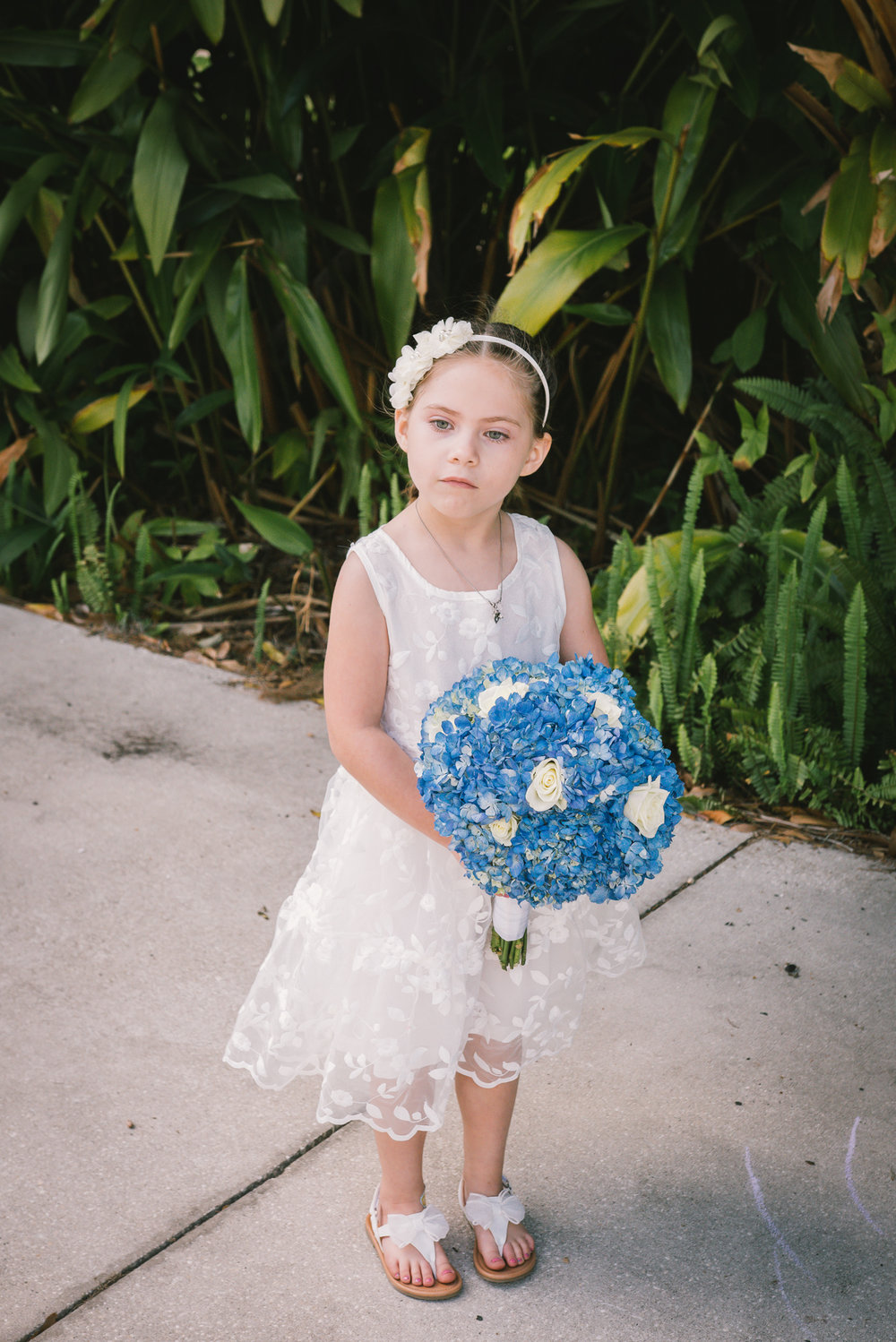 lutz-backyard-wedding-flower-girl, tampa-wedding-photographer