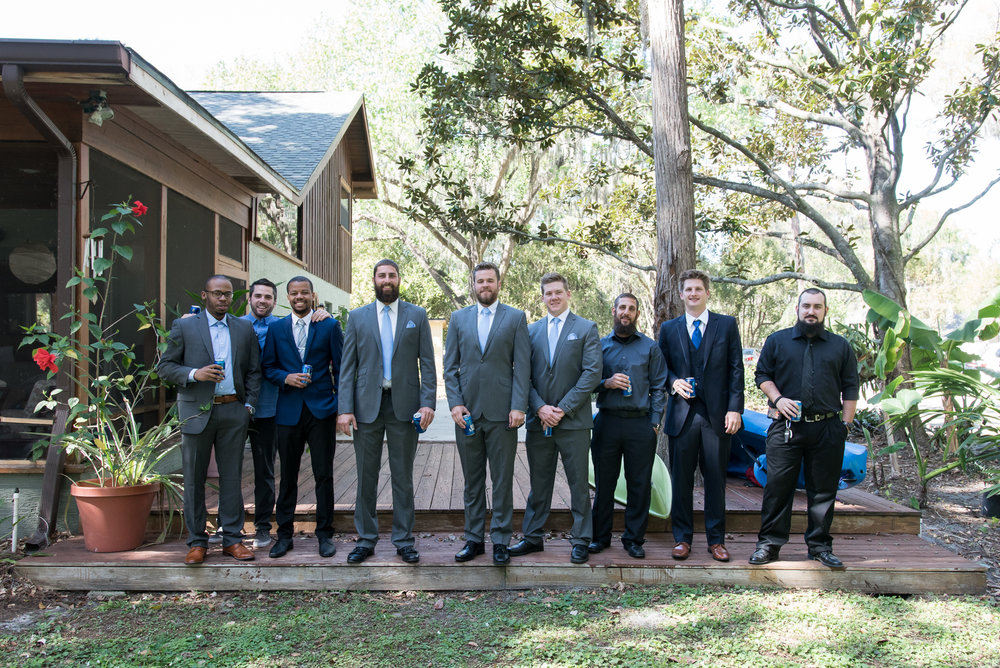 Tampa-wedding-photo, groom-and-groomsmen-photo