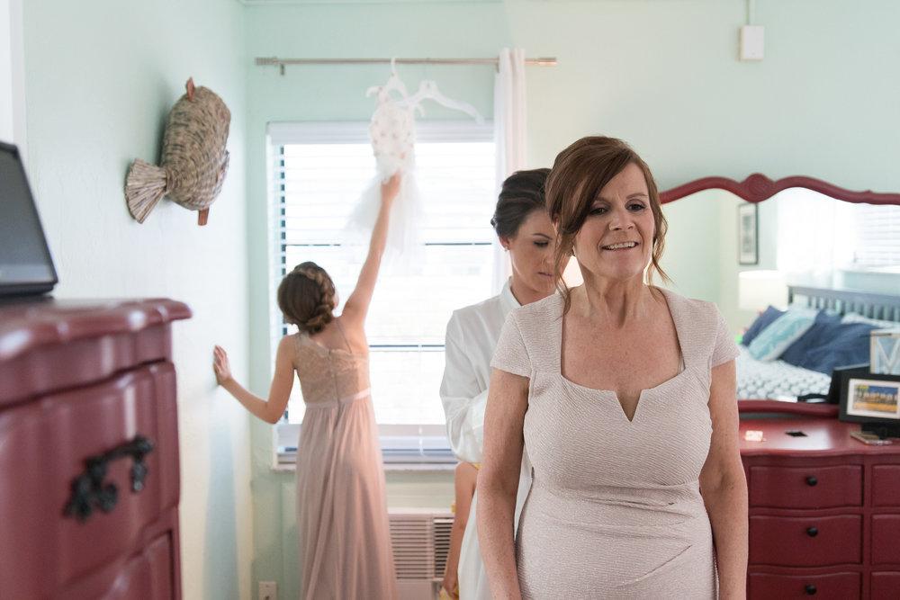 st-pete-beach-wedding-family, tampa-wedding-photgorapher