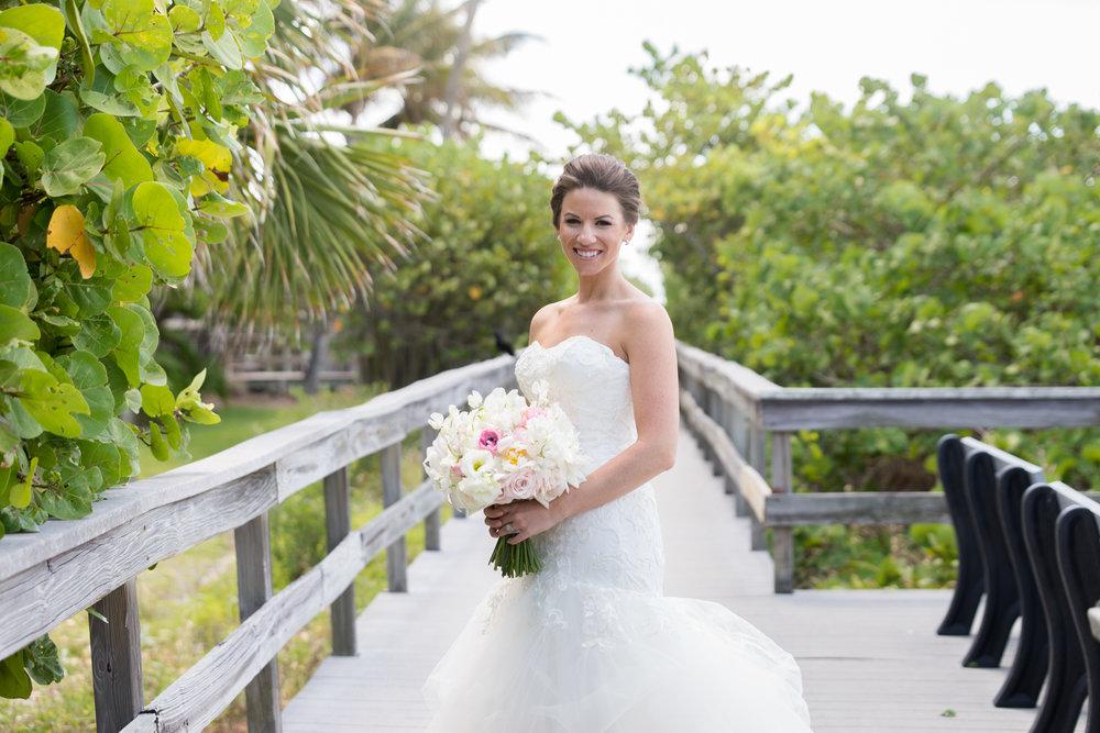 st-pete-beach-wedding-bride, tampa-wedding-photographer