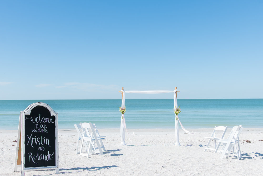 Tide-the-knot-beach-weddings-decoration, St.Pete-beach-wedding