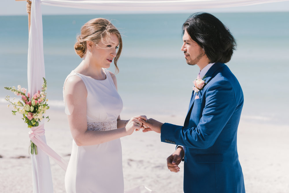 St.Pete-beach-wedding-ceremony, St.Pete-beach-wedding-photographer