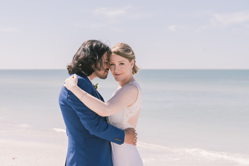 St.Pete-beach-wedding-photography, bride-and-groom-photo