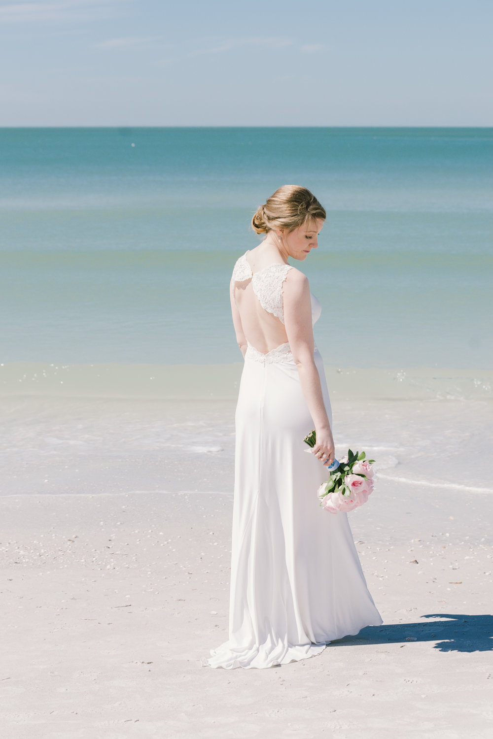 beach-bride-wedding-photo, St.Pete-wedding-photographer
