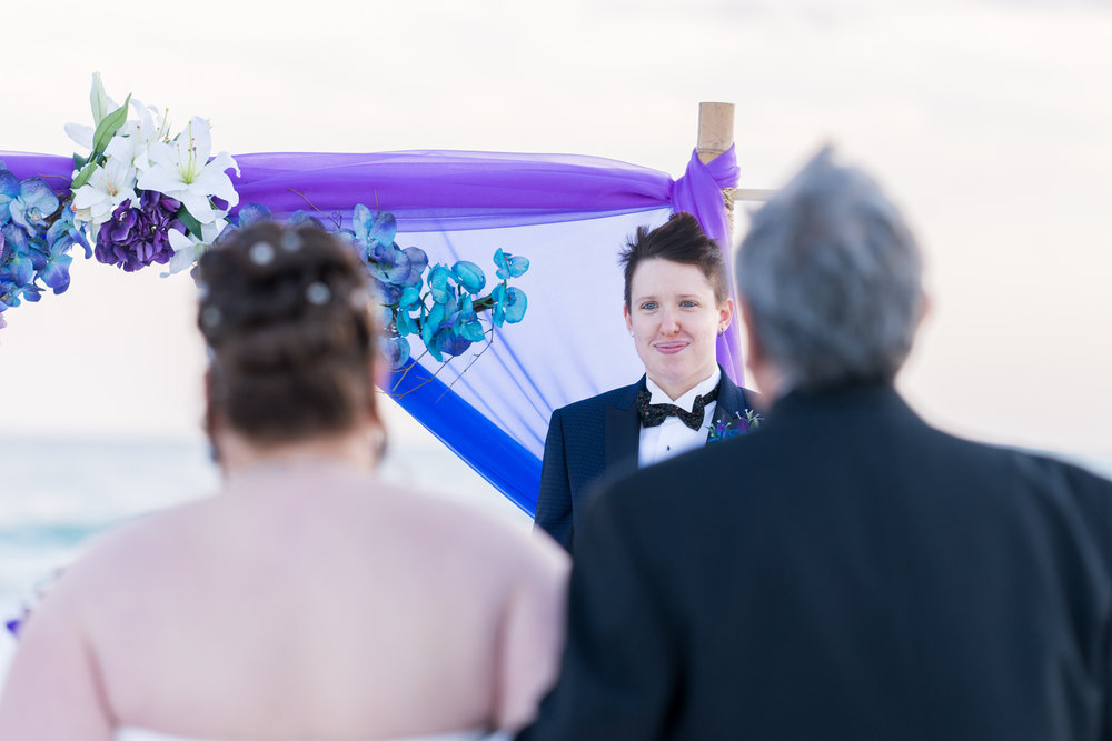 Sarasota-wedding-ceremony-at-the-beach, Siesta-key-beach-wedding